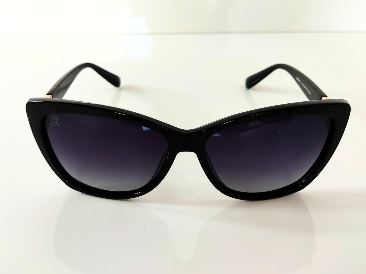 Óculos Solar Feminino Rafalu Armação Grossa MP9045 10-P88-R48