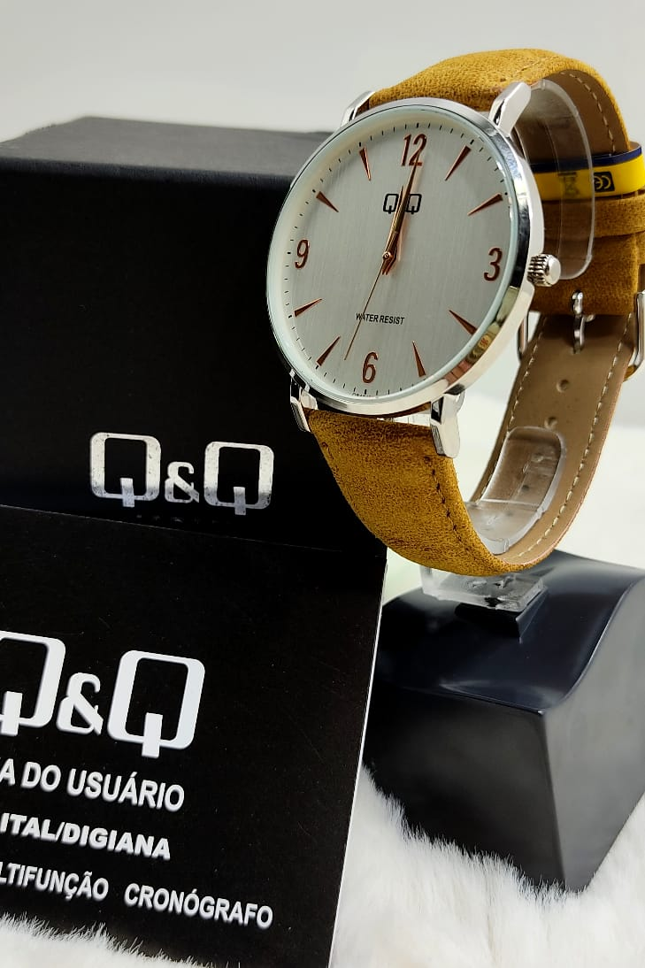 Relógio QeQ em Couro Masculino QB40J314Y