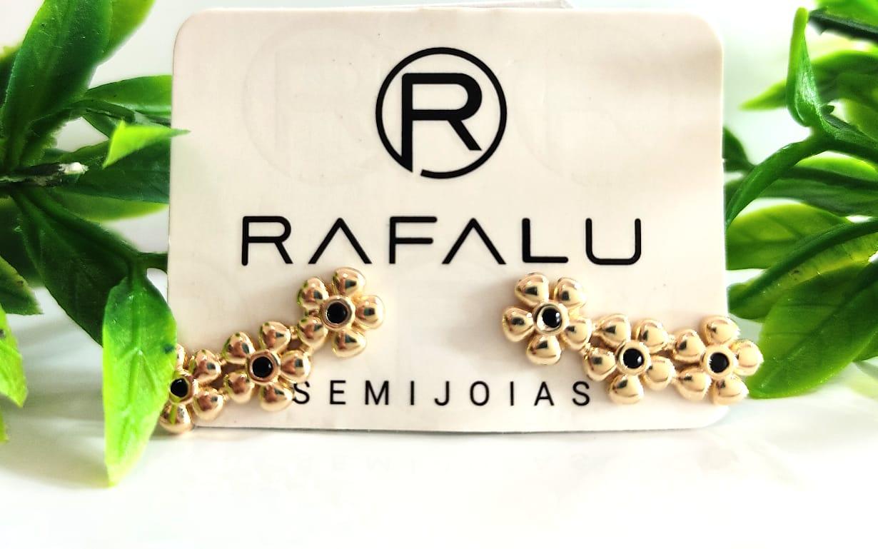 Brinco Flor Preta Banhado a Ouro Rafalu - BR0012T - 05 ANOS DE GARANTIA