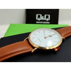 Relógio QeQ em couro Masculino Q978J101Y