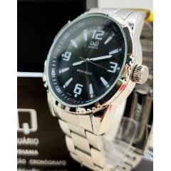 Relógio QeQ em Aço Masculino Q888J205Y