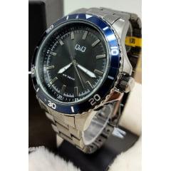 Relógio QeQ em Aço Masculino QB24J412Y
