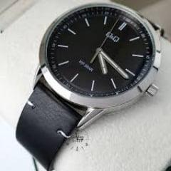 Relógio QeQ em Couro QB80J312Y